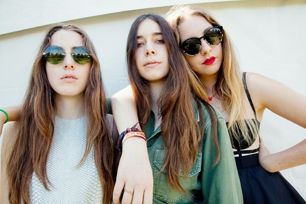 Alana, Danielle and Este Haim
